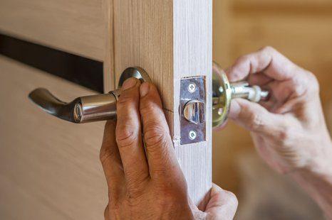 lock installation, Lock installation